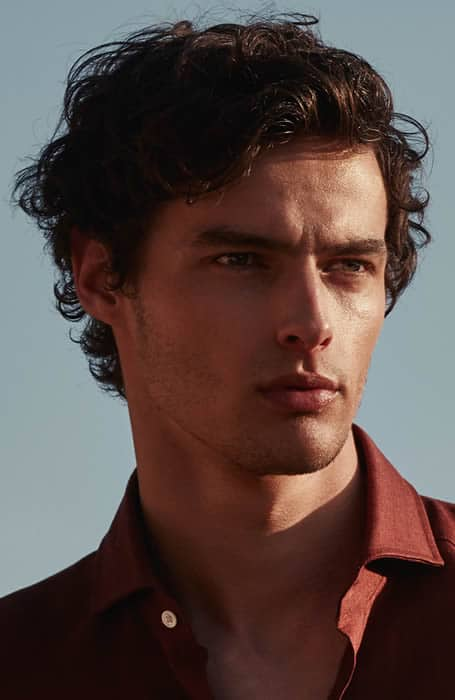 men's hairstyle for curly hair
