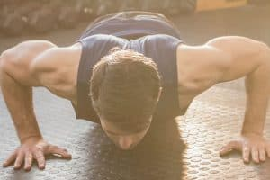 3 Moves That Will Keep Your Summer Body Lean For Winter